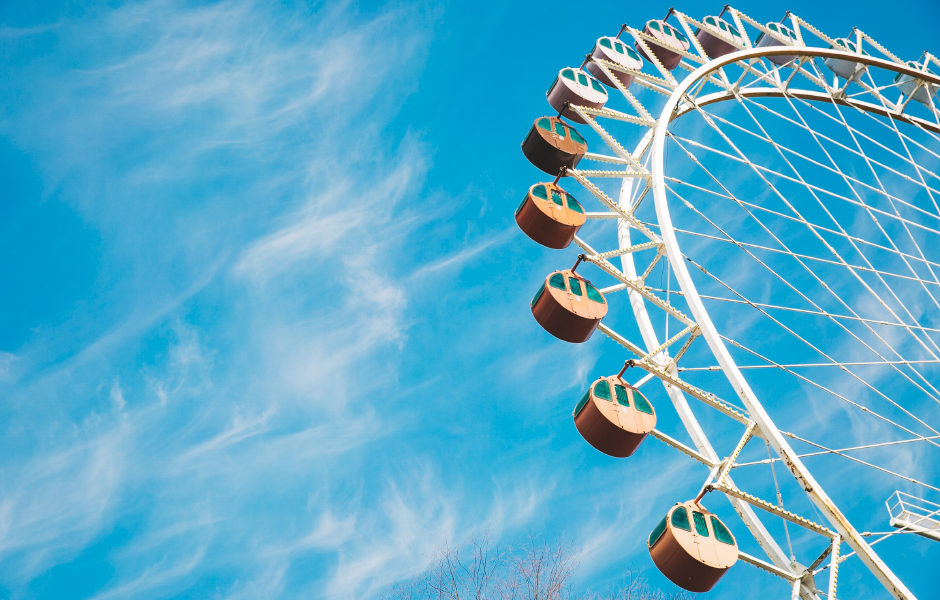 summer blue sky ferris wheel summer marketing ideas